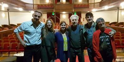 Hugo Arana y elenco en el Teatro Español