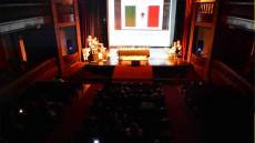 Presentación del portal educativo en el teatro